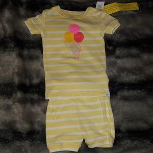 Baby gap pajamas